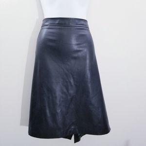 Roz & Ali faux black leather skirt size 16